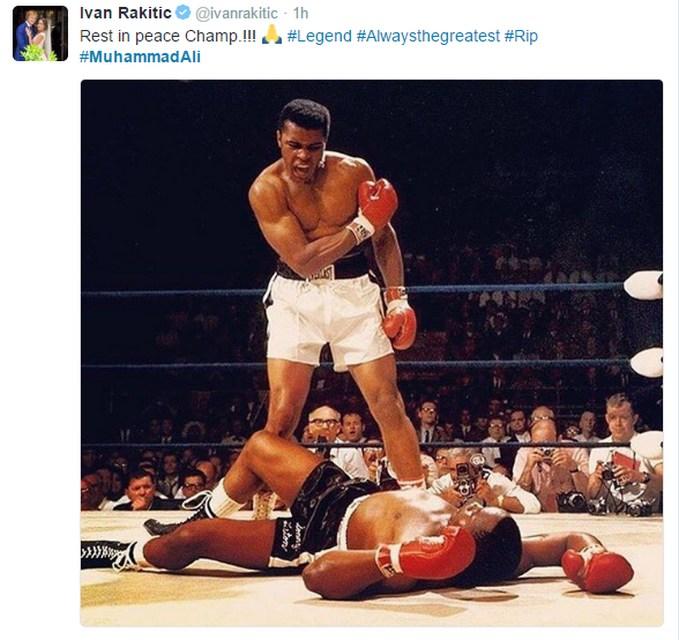 وفاة اسطورة الملاكمة محمد علي كلاي P_1566w1x1